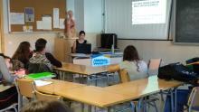 Charla divulgativa de Erasmus+ llevada a cabo por una alumna, María, contando su experiencia en Negrar (Verona) de este año al alumnado de 2º APSD