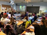 Charla divulgativa y de promoción del programa Erasmus+ de antiguas alumnas de APSD (Silvia, Jone y Ángela) que han participado este último año en Italia para animar al alumnado de 1º y 2º de APSD de este curso a que participen.Charla divulgativa y de promoción del programa Erasmus+ de antiguas alumnas de APSD (Silvia, Jone y Ángela) que han participado este último año en Italia para animar al alumnado de 1º y 2º de APSD de este curso a que participen.
