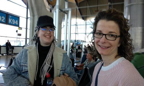 Alumnas APSD 2019 en aeropuerto